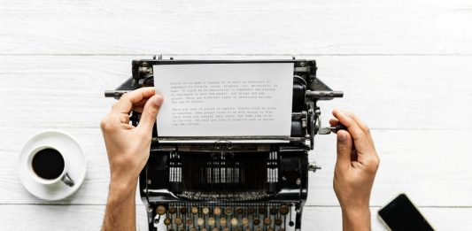 Top 10 Gadgets, Tools and Apps That Made Writers' Life Easier